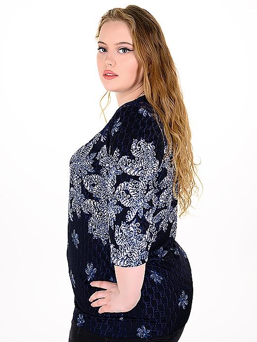 Свежа макси блуза с дантела подходяща за всякакви поводи