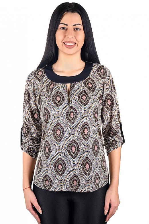 Ежедневна блуза с цип, изработена от трико с оргинален принт.
