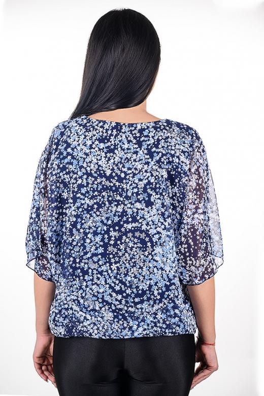 Блуза от шифон с релефни нежни цветчета (син с бели, сини и светло сиви цветчета)