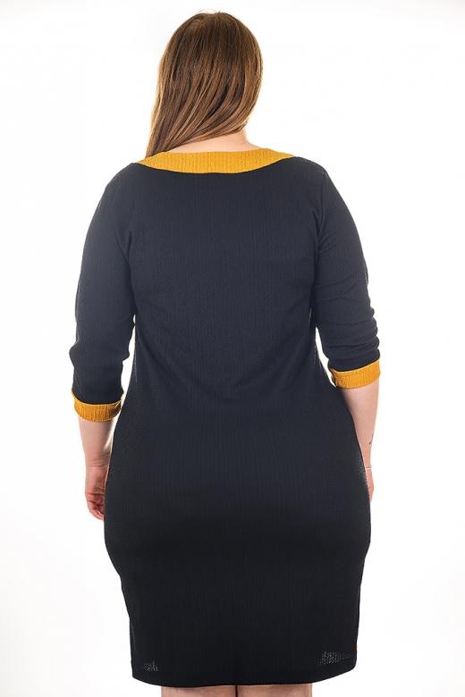 Елегантна рокля с оргинална апликация (черен)