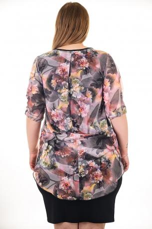 Дизайнерска рокля от шифон с красив аксесоар на врата, комбинирана с черна еластична материя (лилав)