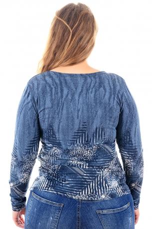 Топла и мека блуза с оригинален принт (син)