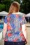 Блуза от горена вискоза с голо рамо (червен)